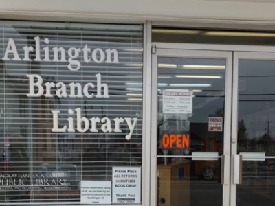 photo of Arlington library building
